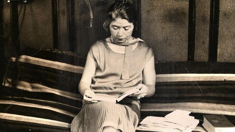 Alfonsina, una biografía novelada